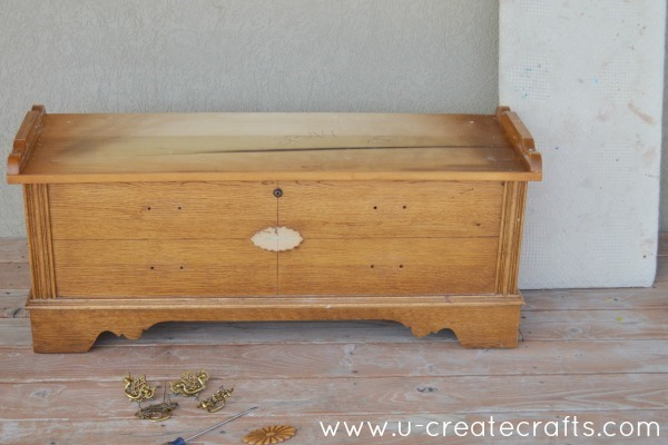 DIY Cedar Chest Makeover 2