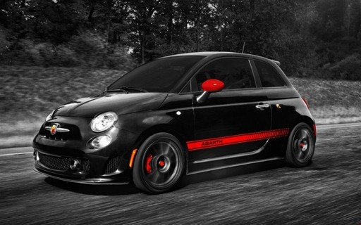 2013-Fiat-500-Abarth-front-three-quarter