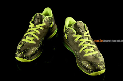 nike lebron 11 low gs dunkman 1 01 Grade School Version of LeBron 11 Low Uses LeBron 8 V/2 Outsole