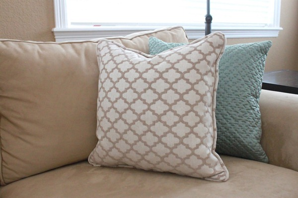 piping pillow tutorial