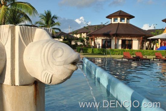 Crimson Resort and Spa Cebu 01