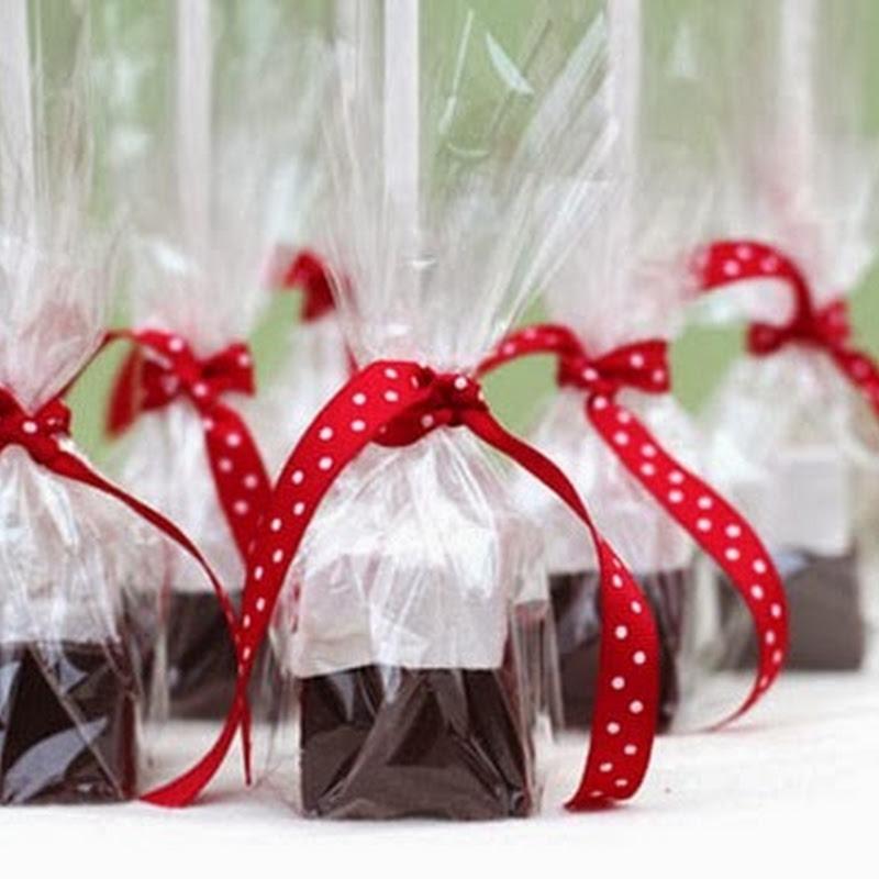 Làm quà tặng Giáng sinh bằng socola que