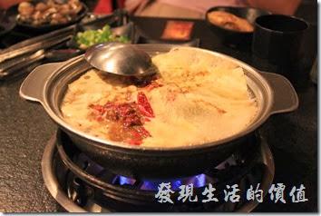 台南-逐鹿焊火燒肉。火鍋。