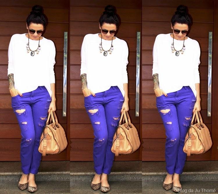 look jeans color, trico branco e sapatilhas2