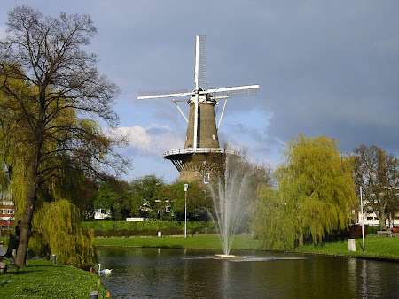 Amsterdam: Leiden