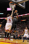 lebron james nba 120129 mia vs chi 02 King James Unveils New Shoe   Black/Red/White LEBRON 9
