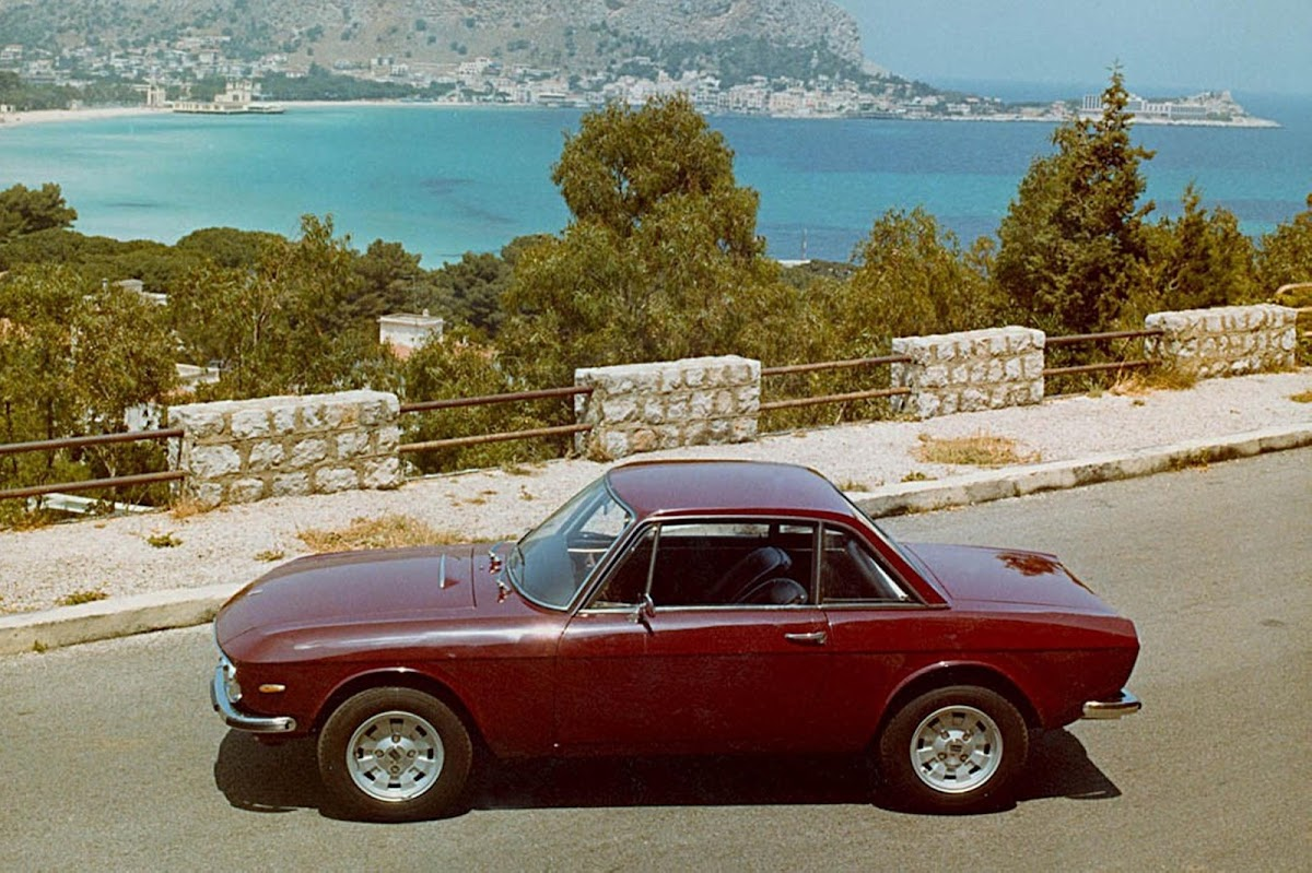 Could the 2003 fulvia coupe concept have helped revive lancia 1970 lancia fulvia coupe vanachro Choice Image