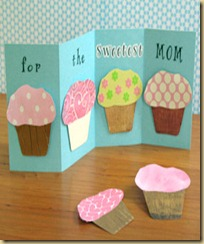 Mothers-Day-Craft-photo-280-CL-Paper-Cupcakes-B