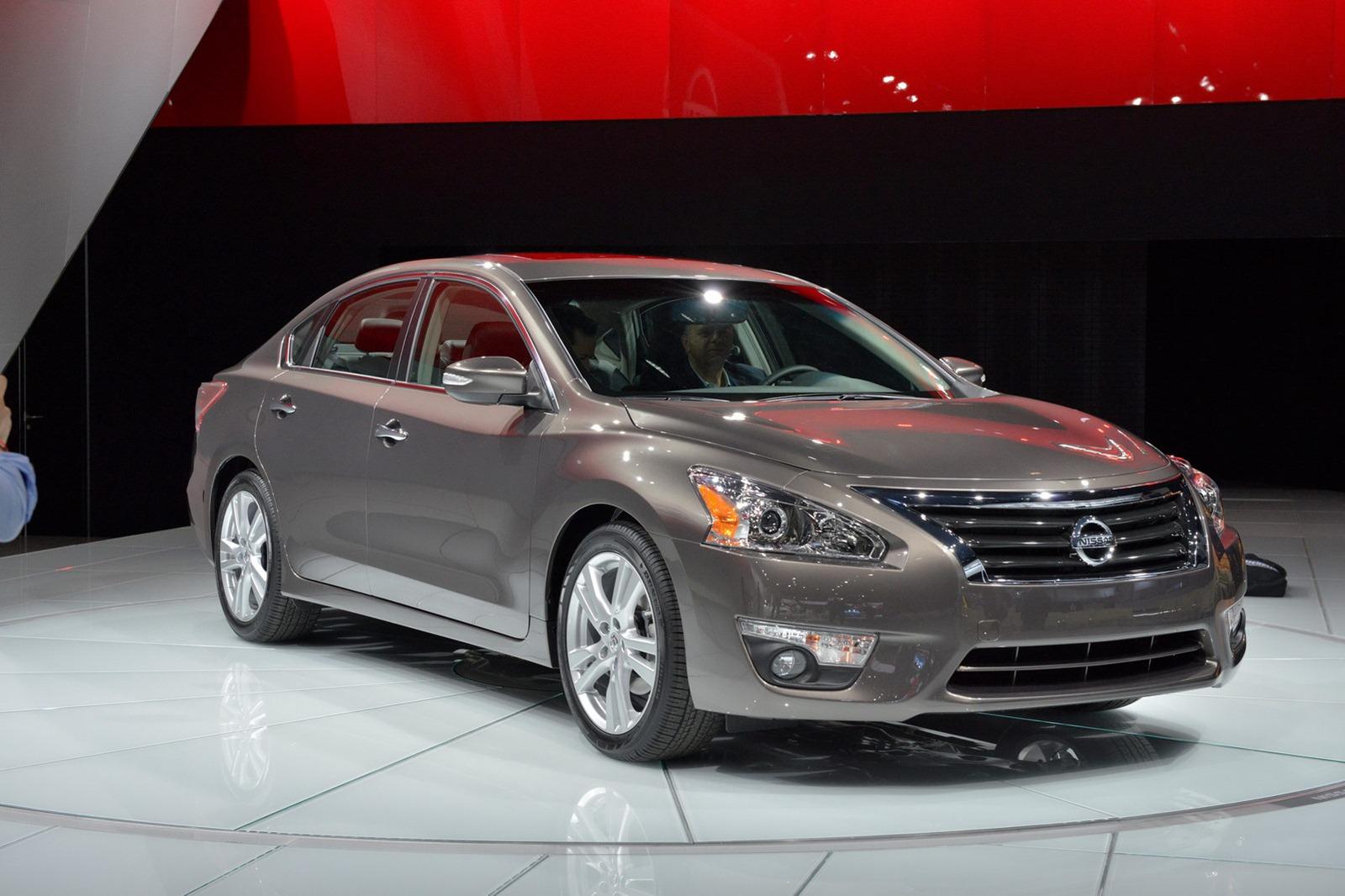 Los Mejores Autos: Nissan Altima 2013
