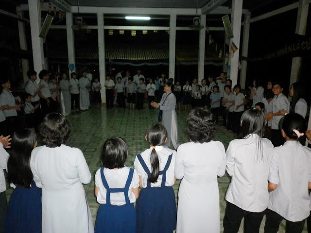 TrungThu2011KhanhVan_20.jpg