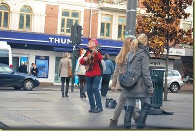 2011-10-30 Street Musician