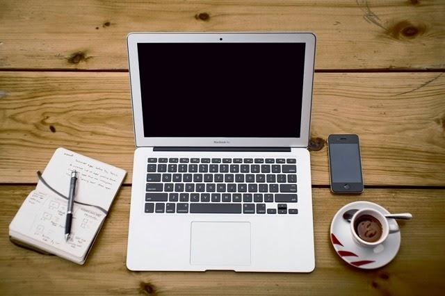 Diferencias entre trabajar desde casa y trabajar en la oficina