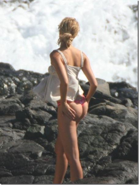 celebrity-beach-bum-47