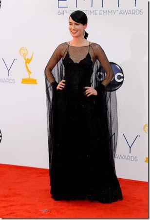 Lena Headey 64th Annual Primetime Emmy Awards drDT0pXXMGNl