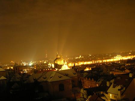 Obiective turistice Cehia: Prague by night