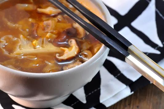 0_mushroom_hot_sour_soup