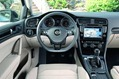 2013-Volkswagen-Golf-7-13
