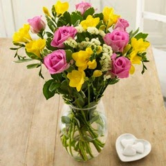 Sendabunch - Guernsey Flowers - Fragrant Delights Bouquet with Free Delivery