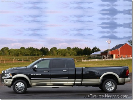 Dodge Ram Long-Hauler Concept2