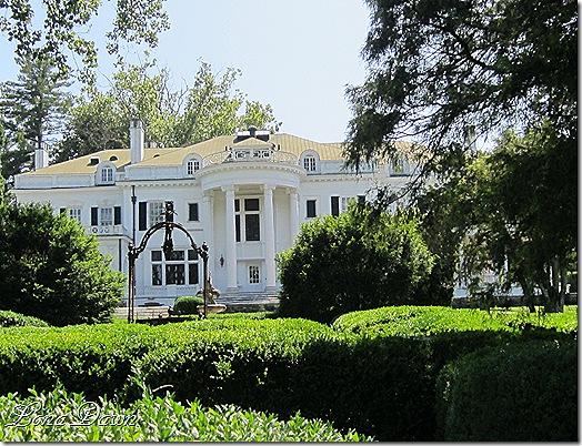 OE_Mansion_Back_Entrance