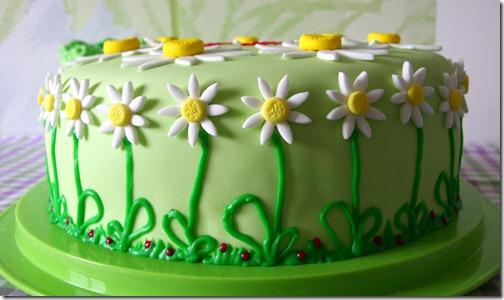 torta margherite bianche e verdi-1