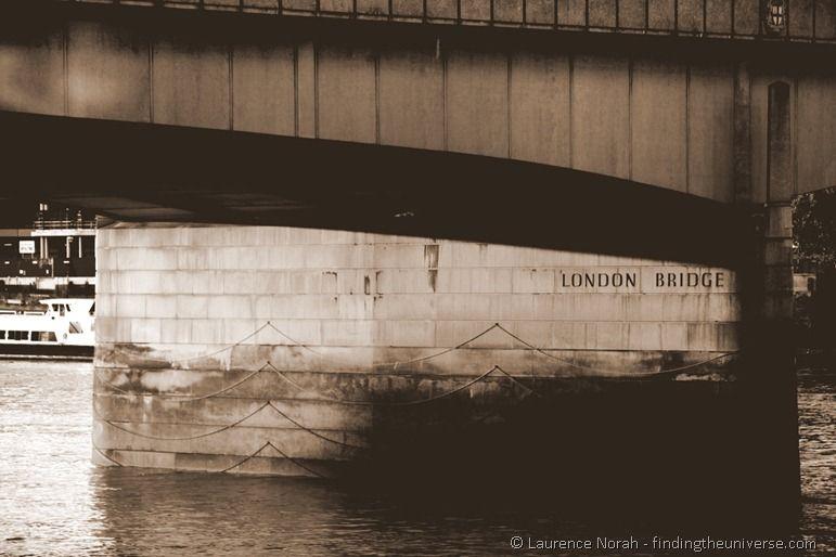 London bridge sign writing water