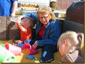 2013-10-08 Fall Visit from Grandma, Granpa and Uncle Jared 181