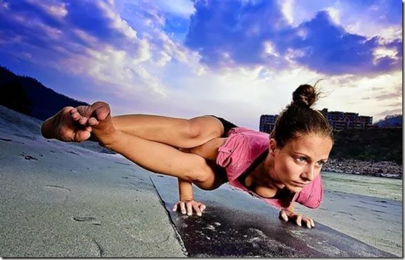 girls-stretching-yoga-007
