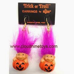halloween-troll-earrings