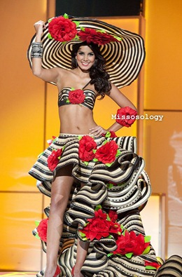 miss-uni-2011-costumes-31