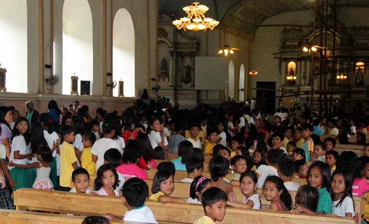 besök i kyrkan