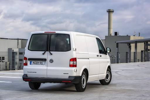 VW-Transporter-BlueMotion-02.jpg