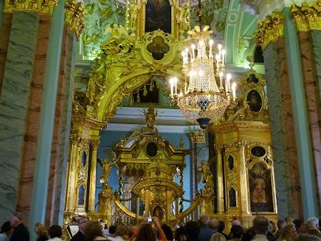 Necropola tarilor rusi la St. Petersburg