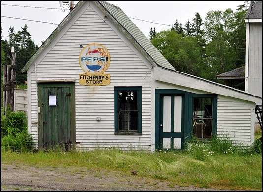 30 - Boot Cove Rd Turnoff - FitzHenry's Store