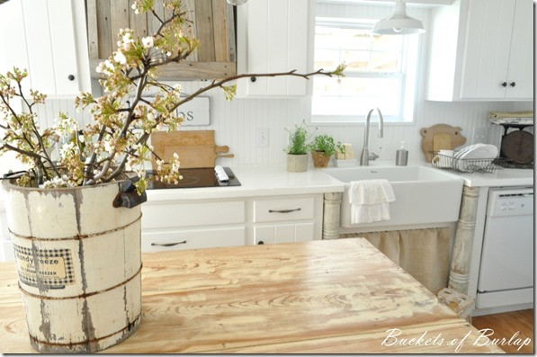 painted kitchen countertops - Bistro White by Valspar