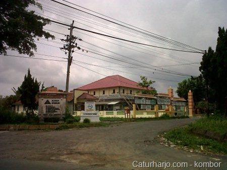 Balai Desa Caturharjo