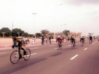 Enoch Mazambi, champion de Liprocykin édition 2011