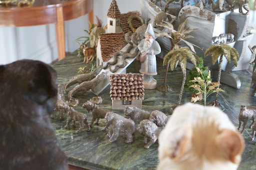 I remember this Noah's ark from last year.  Look at all the glittered animals walking two-by-two.