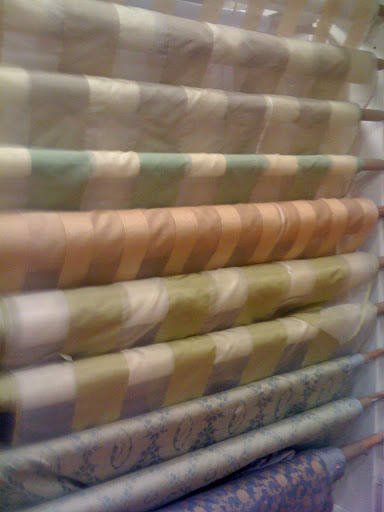 Love these patterned silks, but I think I'll look into solids for my apartment...