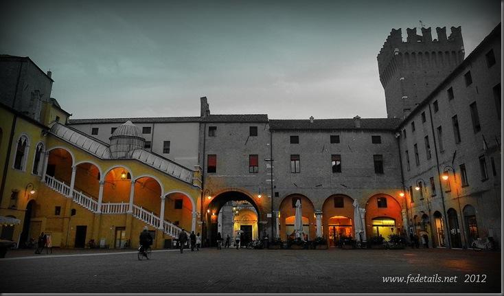 Piazzetta Municipale, Ferrara, Emilia Romagna, Italiy - Property and Copyrights of www.fedetails.net
