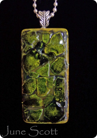 Green_Mosaic_Pendant