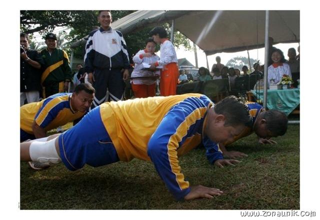 foto keseharian Presiden Indonesia Susilo Bambang Yudhoyono (11)