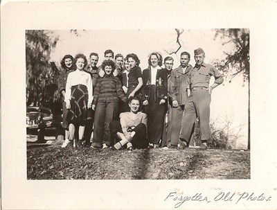 Group photo San Antonio TX 1946