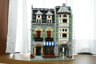 LEGO: 10185 Green Grocerを組んだ