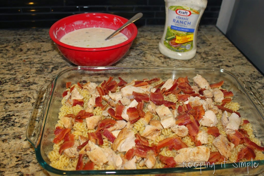 [%2523shop%2520Cheesy%2520Bacon%2520Ranch%2520Chicken%2520Casserole%2520%2523FoodDeservesDelicious%2520%25285%2529%255B3%255D.jpg]