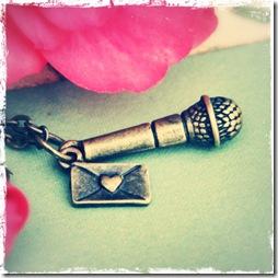 mikrofon nyaklánc