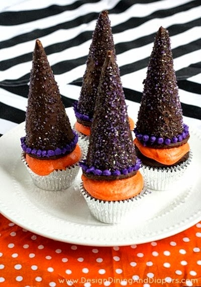 Witch-Hat-Cupcakes-via-@tarynatddd
