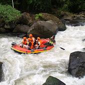 Rafting211.JPG