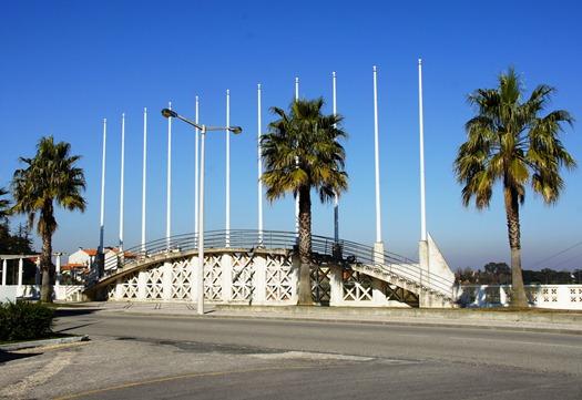 Portugal - Vagos - mastro de bandeiras - Glória Ishizaka