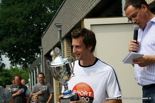 sss 18 familie en sponsorentoernooi 05-06-2011 (37).JPG